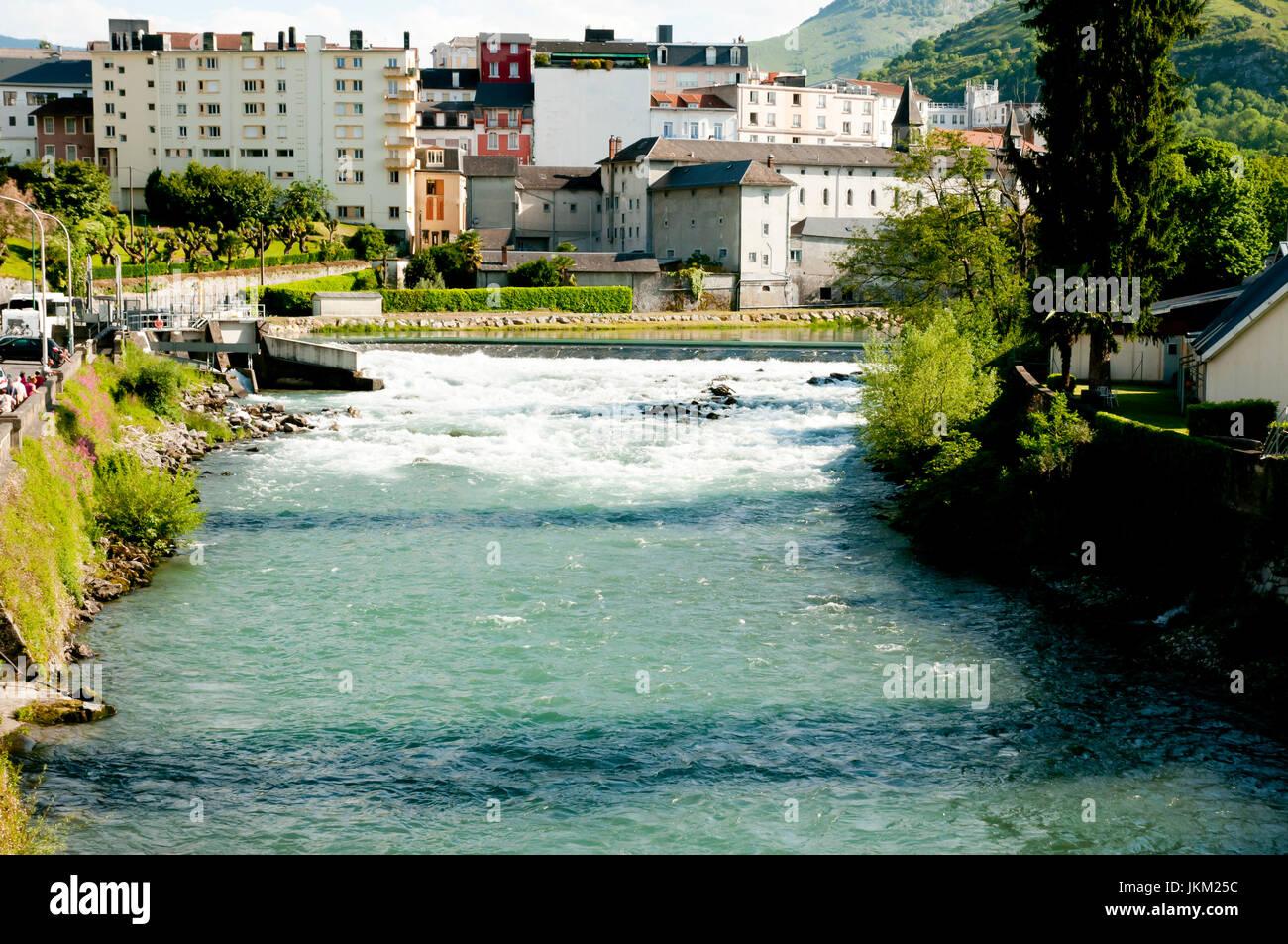 Gave de Pau River - Lourdes - Francia Immagini Stock
