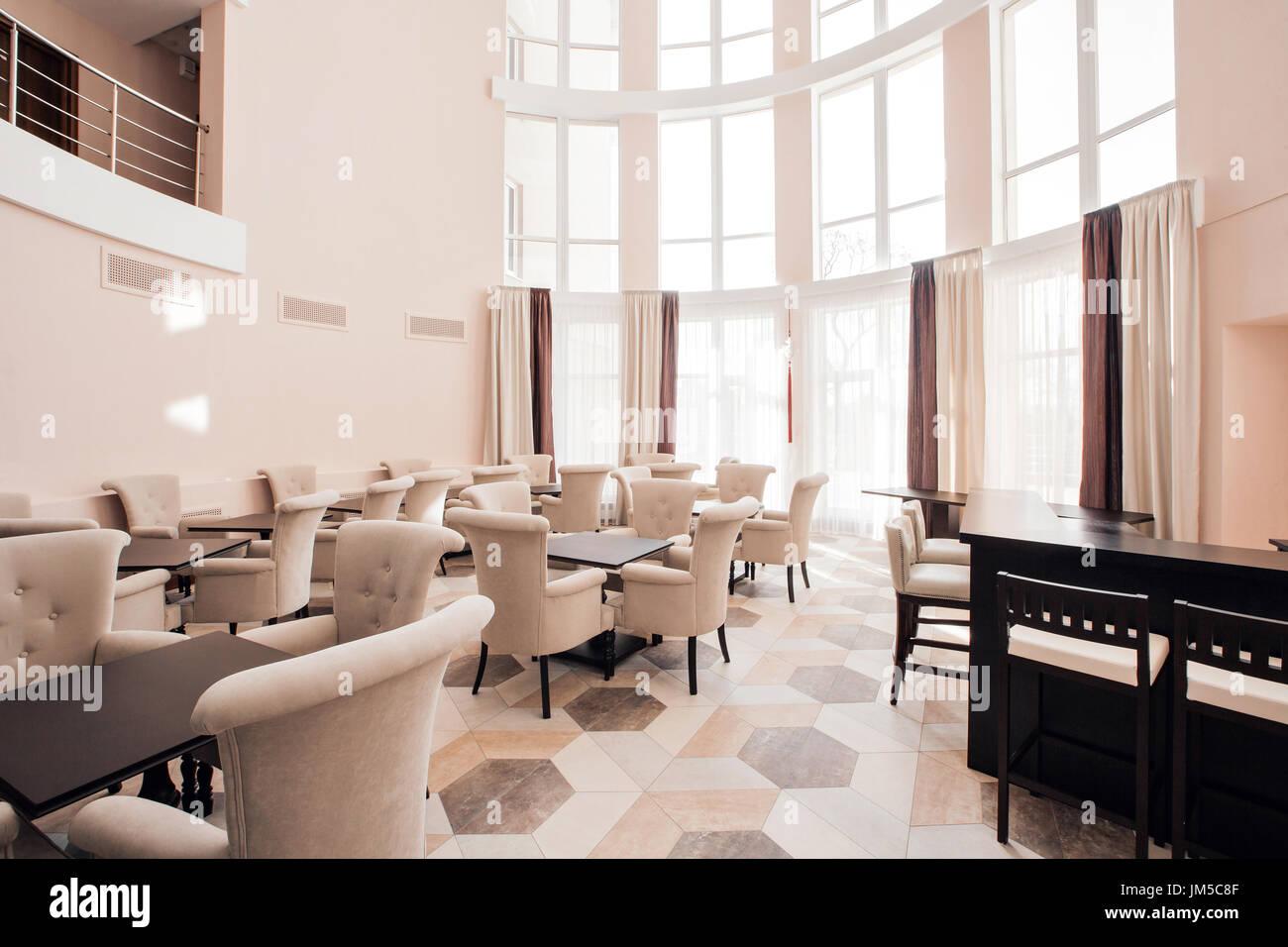 Hotel Di Lusso Interni : Moderno hotel di lusso atrio interno foto & immagine stock