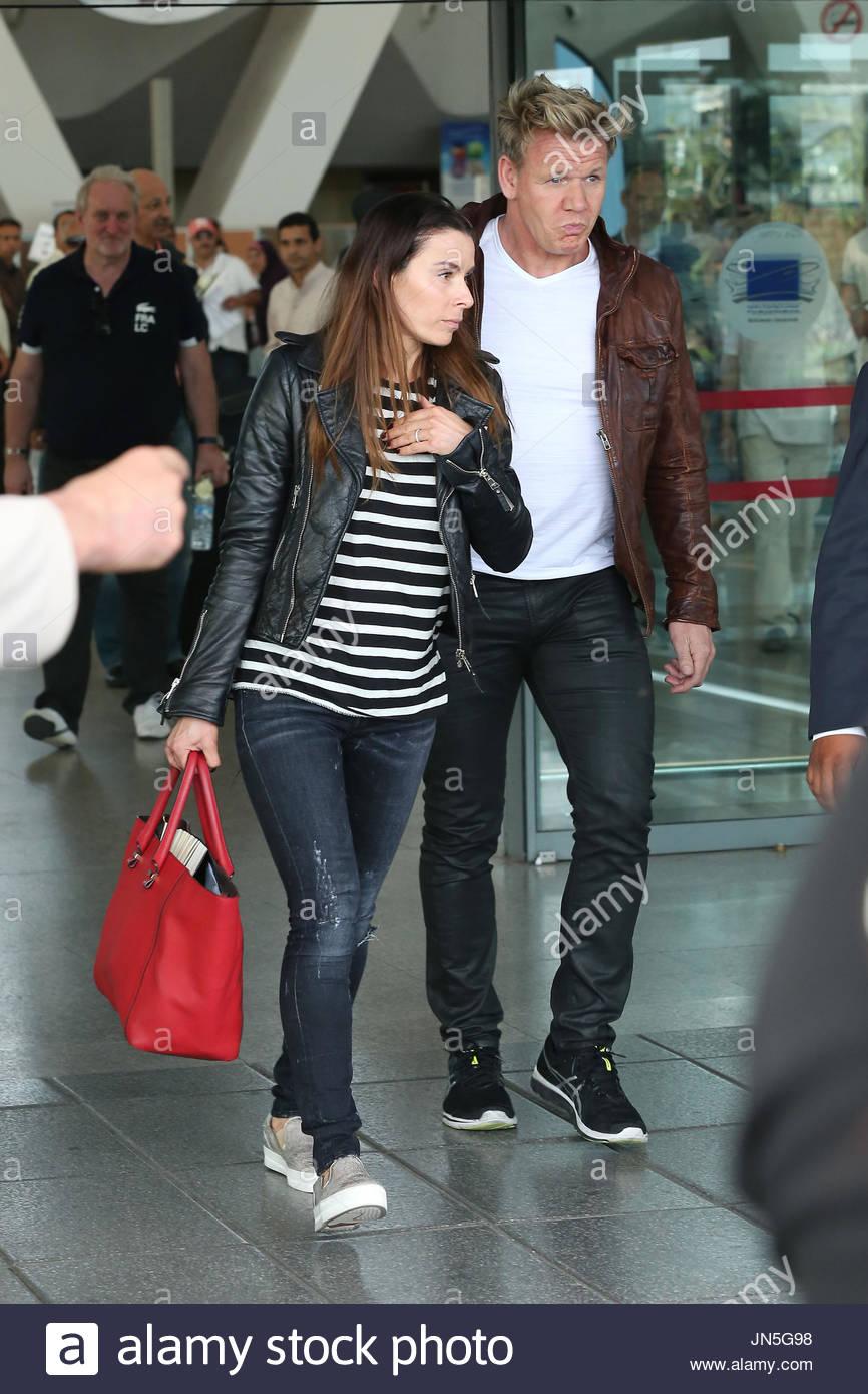 Il rotolo di celebrità in aeroporto di Marrakech oggi davanti a