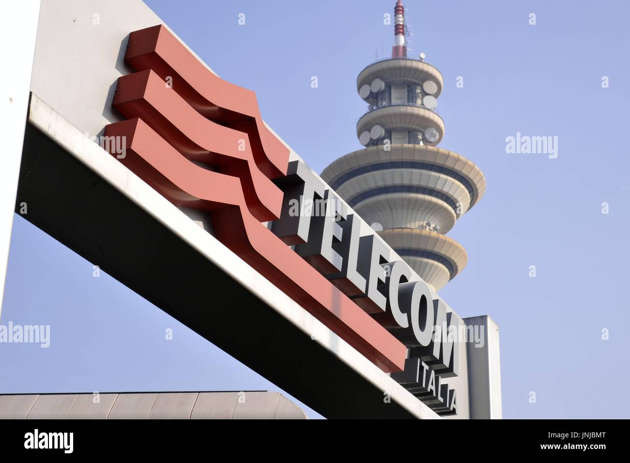 Telecom Italia Tower Immagini & Telecom Italia Tower Fotos Stock - Alamy