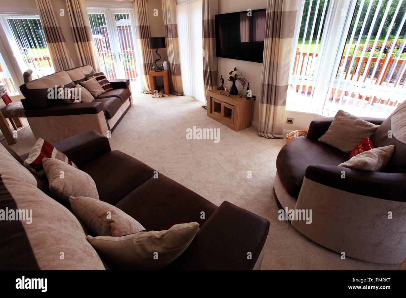 Soggiorno, sala da pranzo e un moderno design interno, l'arredamento della casa Foto Stock