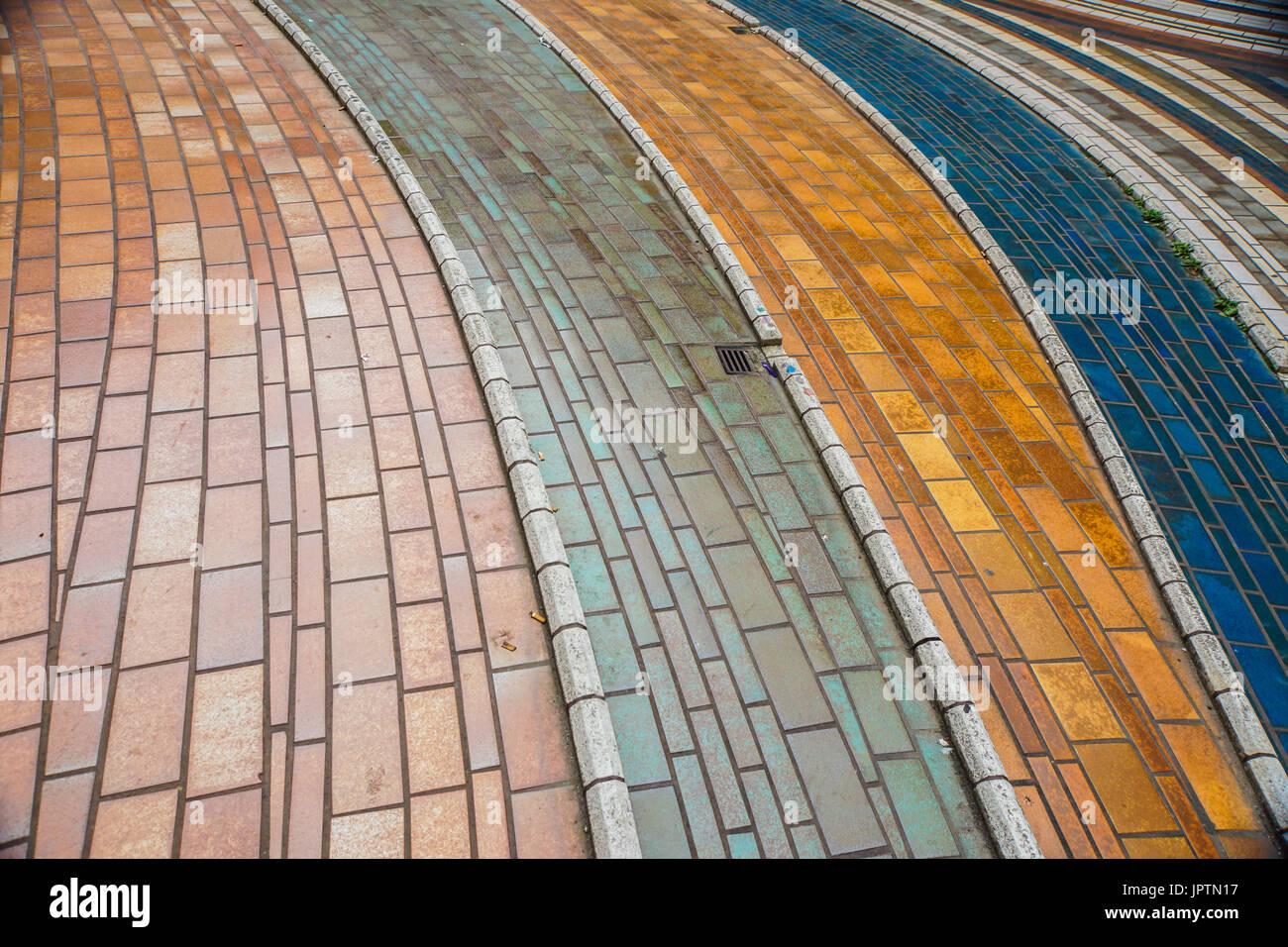 Piastrelle colorate pavimento ceramico moderno mosaico di vetro