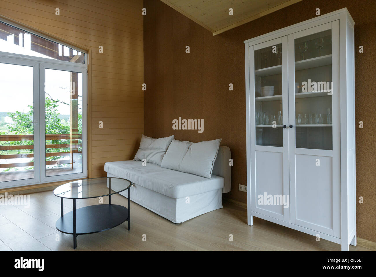 Soffitti In Legno Bianco : Soffitto e pavimento dipinti di bianco immagini & soffitto e
