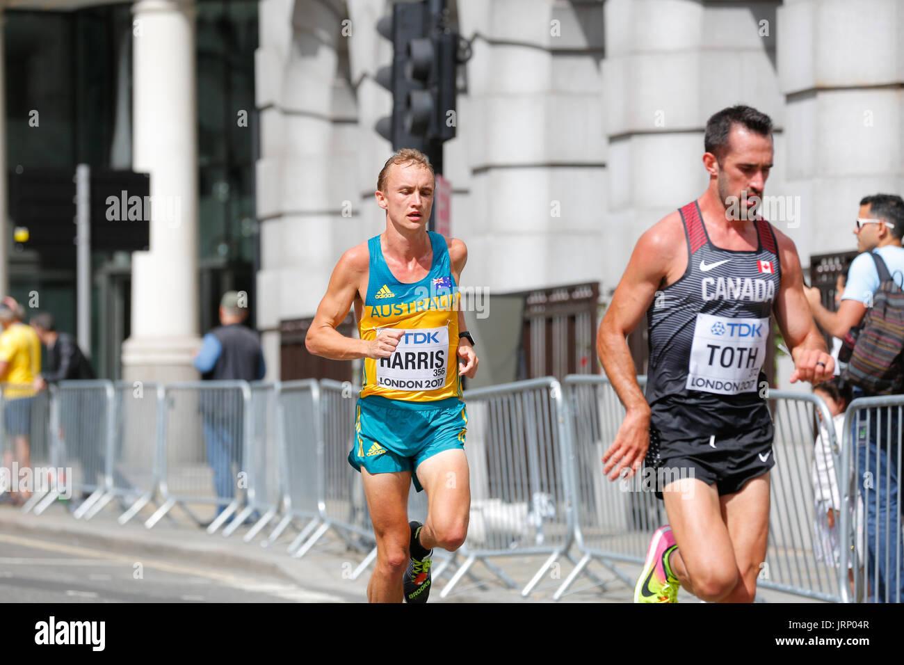 Stratford, Londra, Regno Unito. 6 agosto 2017. Mondo di atletica leggera IAAF campionato nel campionato del mondo marathon domenica di agosto. corridori provenienti da tutto il mondo si stanno svolgendo in iaaf maratona di Londra. Inghilterra ancora una volta di essere nel centro di classe mondiale evento sportivo. Europa, Inghilterra, london Stratford villaggio olimpico evento sportivo 2017. mo farah ultima gara. mens maratona iaaf 2017 Londra August 6th. Foto Stock