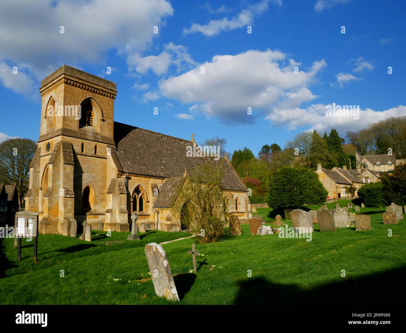 Il C19 la chiesa di San Barnaba, Snowshill, nel Gloucestershire. Immagini Stock
