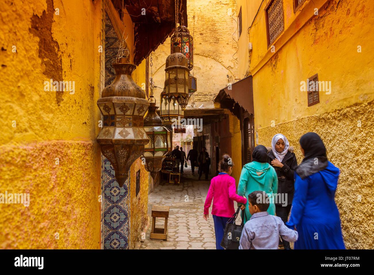 La vita di strada scena. Città Imperiale Meknes, Marocco, Maghreb Nord Africa Immagini Stock