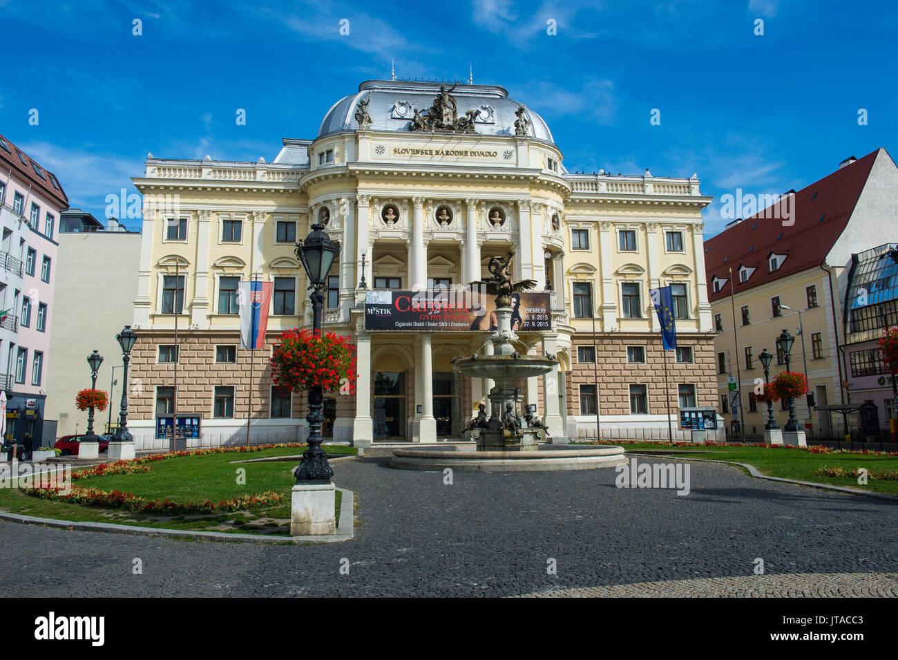 Storico Teatro nazionale slovacco, Primate del palazzo, Bratislava, Slovacchia, Europa Immagini Stock