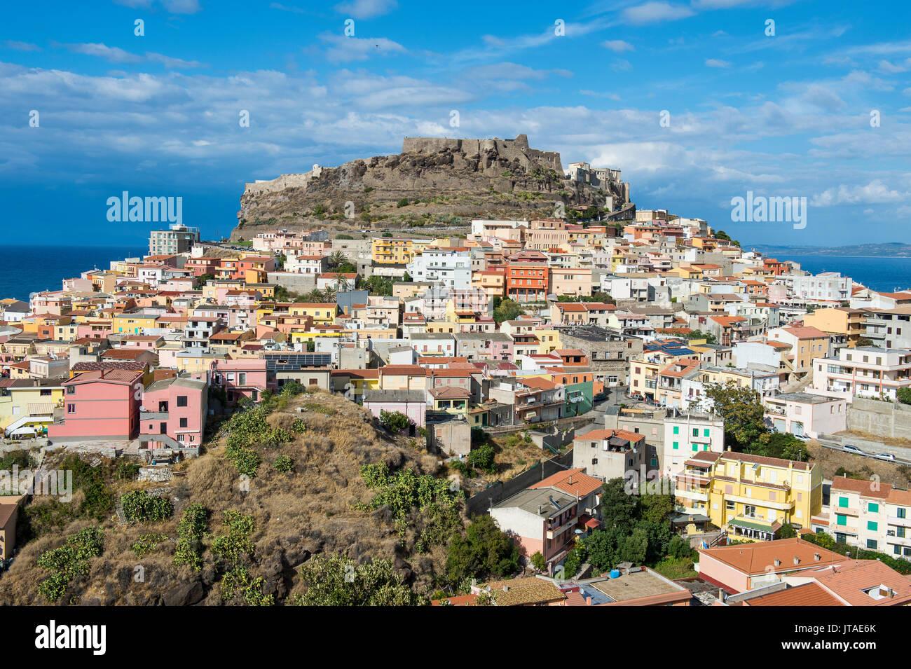 Vista su Castelsardo, Sardegna, Italia, Mediterraneo, Europa Foto Stock