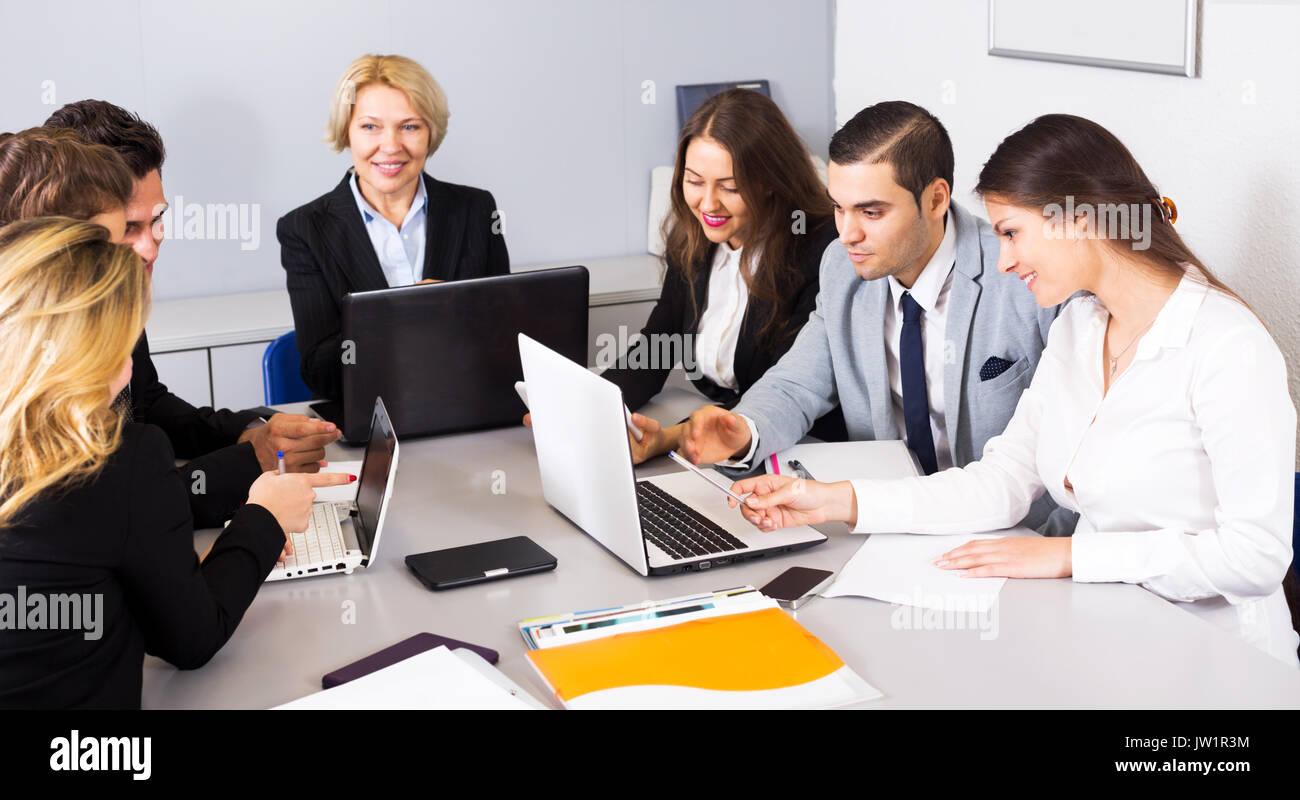 Incontri di lavoro agenzia UK