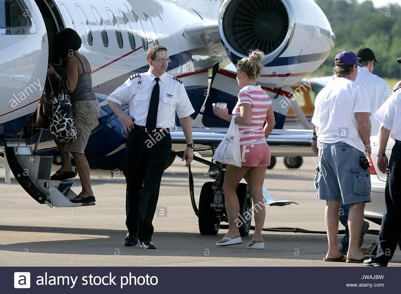 Jet Privato Rosa : Bella forma di un jet privato fotografia stock immagine di