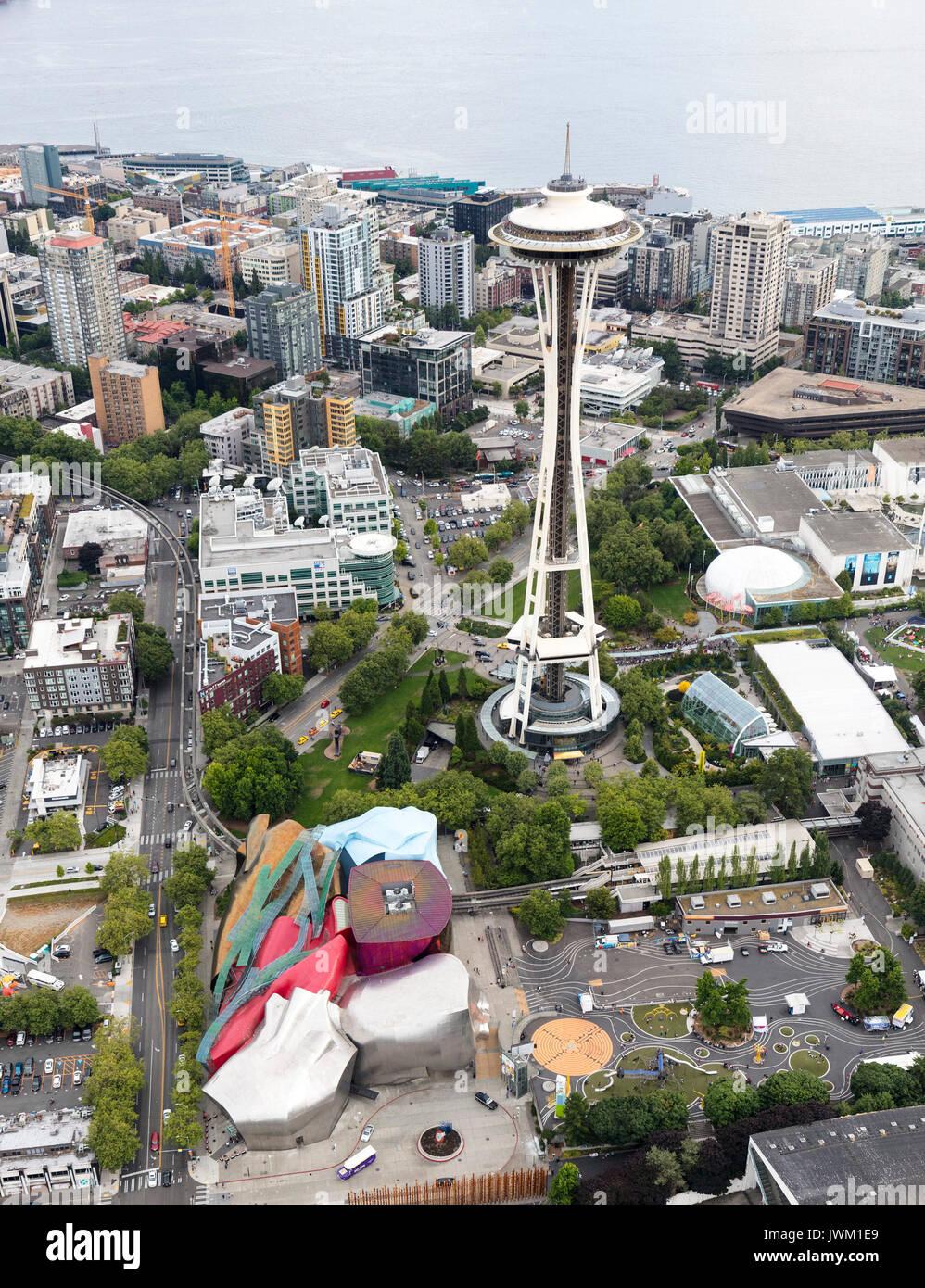 Vista aerea dello Space Needle e il Seattle Center, nello Stato di Washington, USA Immagini Stock