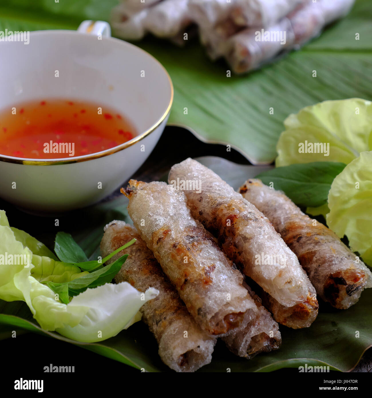 Uovo vietnamita della bobina o rotolo di primavera o cha gio è ...