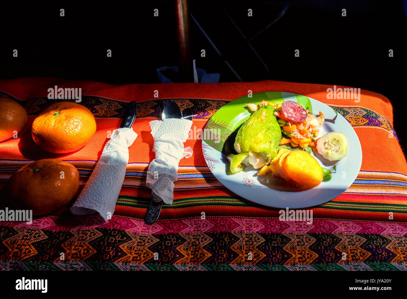 Un gustoso piatto in valle Ishinca, Cordillera Blanca, Perù Immagini Stock