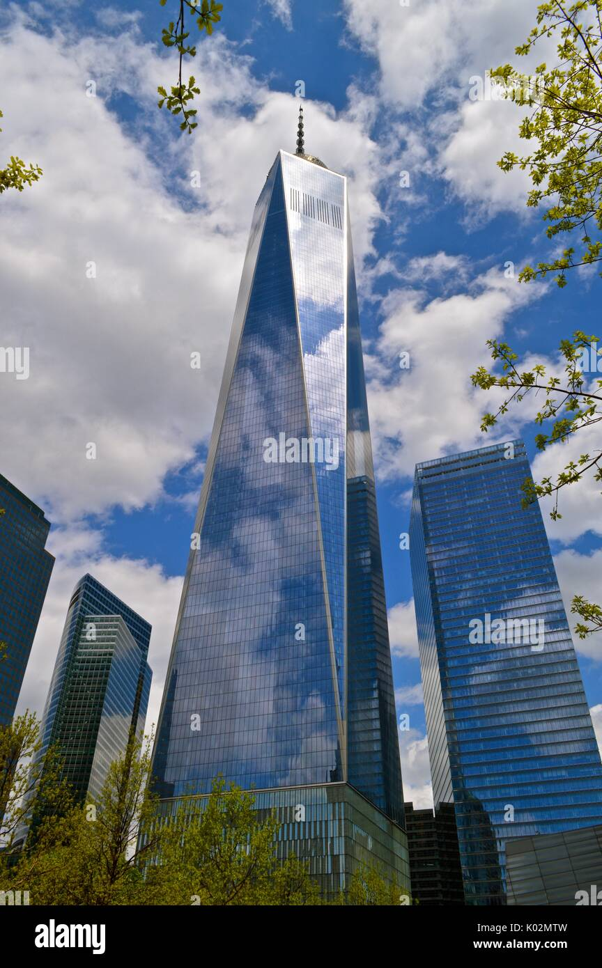 Freedom Tower, NYC, giornata d'estate. Foto Stock