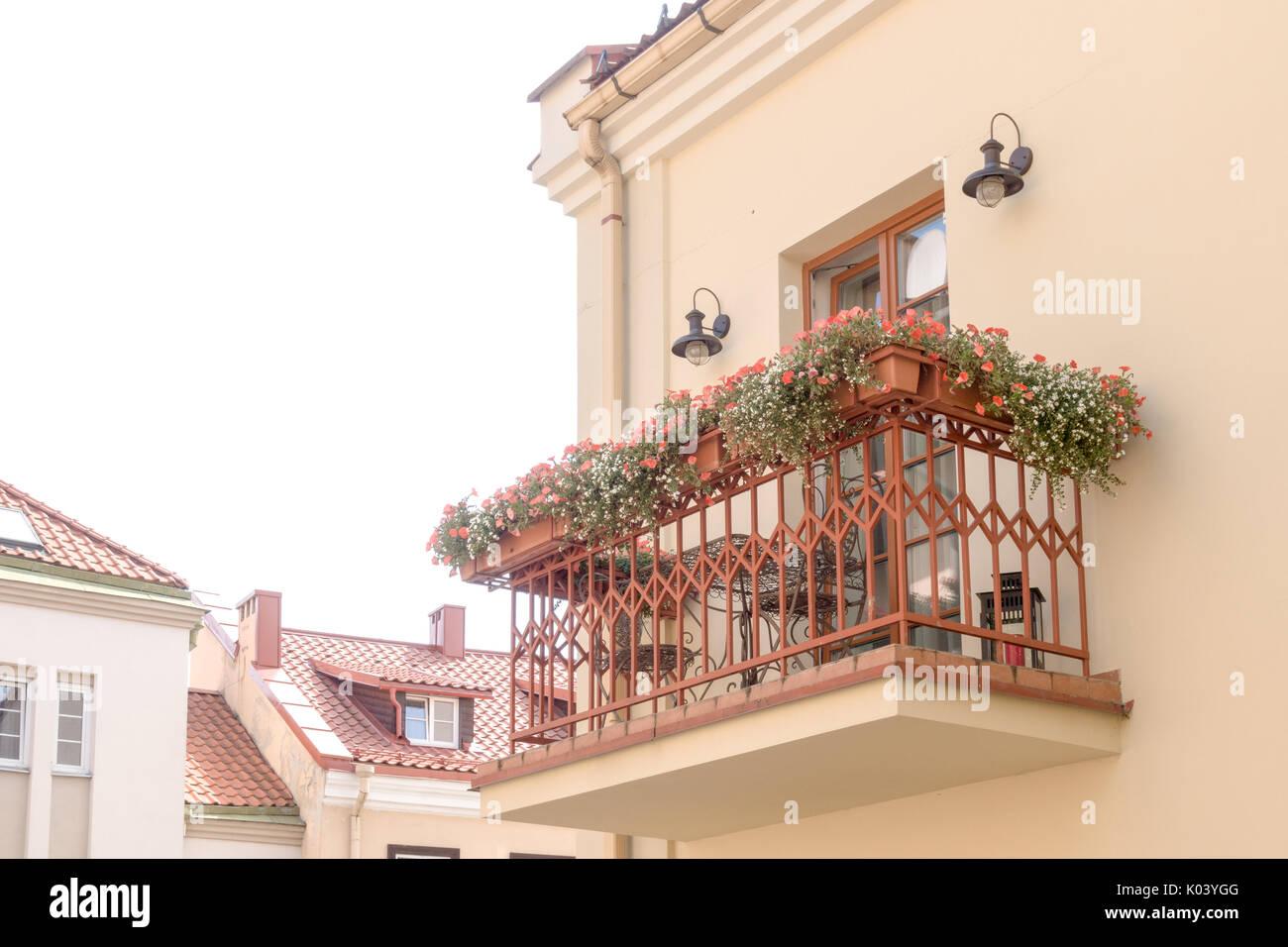 Illuminare balcone illuminazione per balconi protezioneazienda