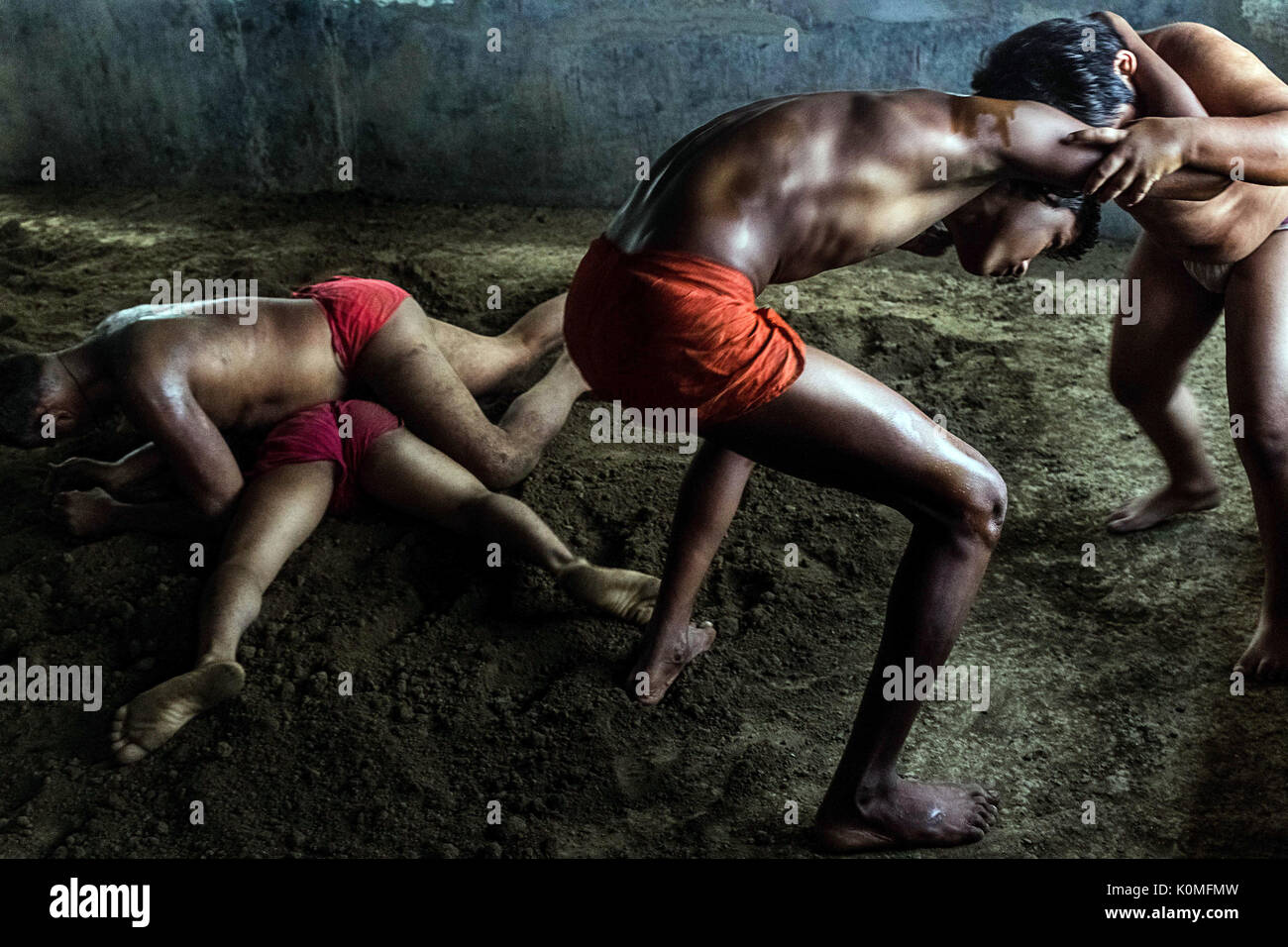 Il wrestling in akharas kolkata West Bengal, India, Asia Immagini Stock
