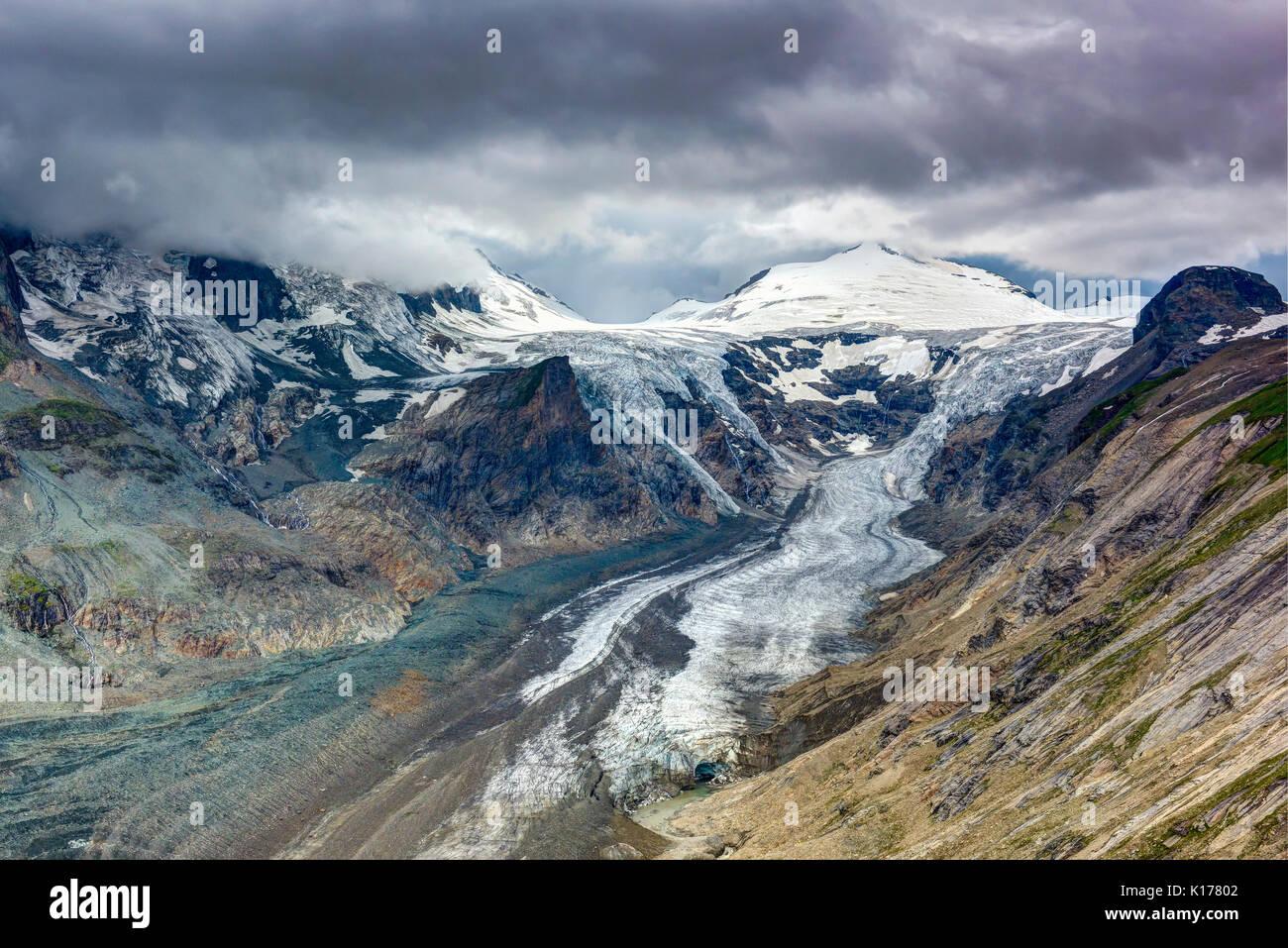 Kaiser-Franz-Josefs-Höhe clacier a pochi minuti prima della tempesta di scioperi Immagini Stock