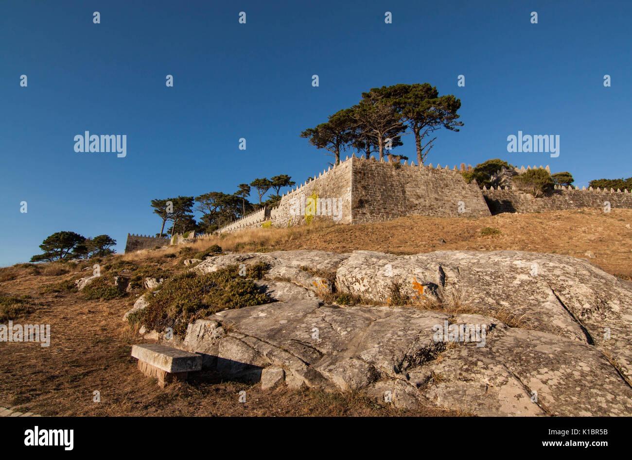 Turismo Ostello della Baiona, vecchio Castello di Monterreal di Baiona Galizia Spagna, dettaglio della parete esterna Foto Stock