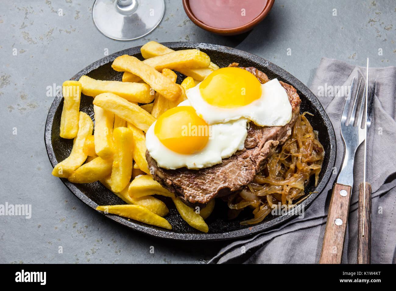 peruviano cibo latino americano il lomo a lo pobre il