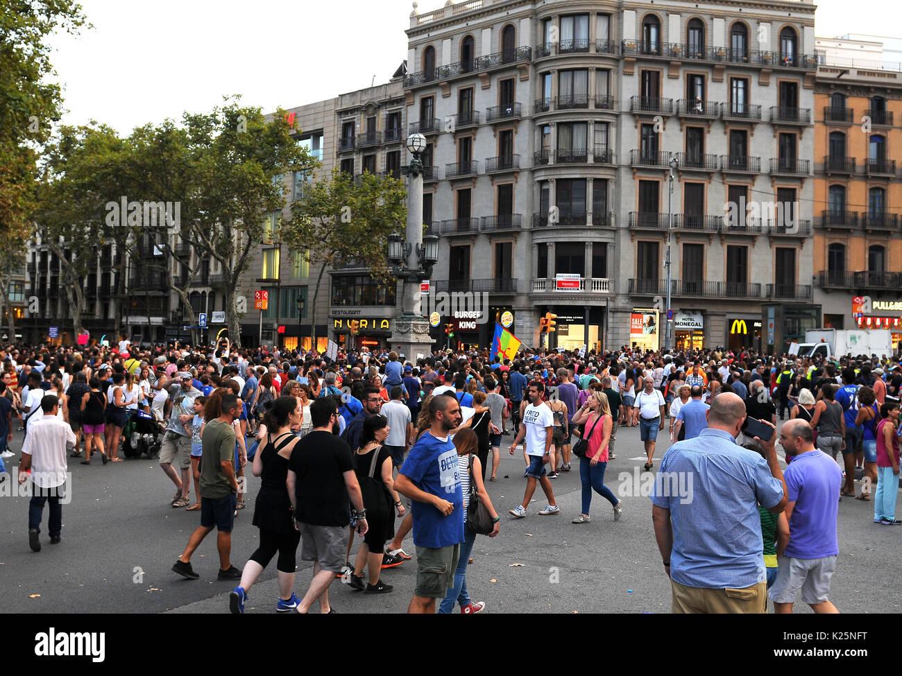 Antiterrorismo marzo a Barcellona Foto Stock
