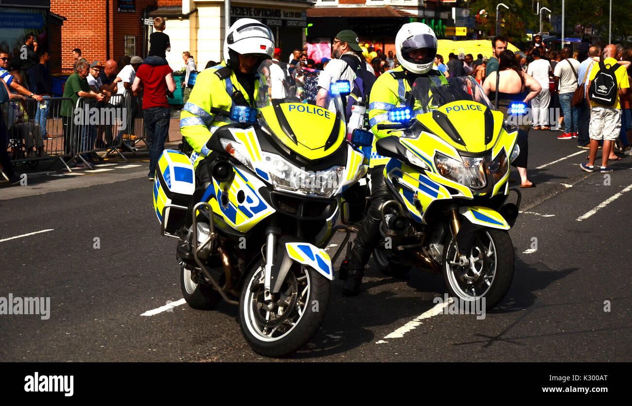 Funzionario di polizia sulla polizia moto Immagini Stock