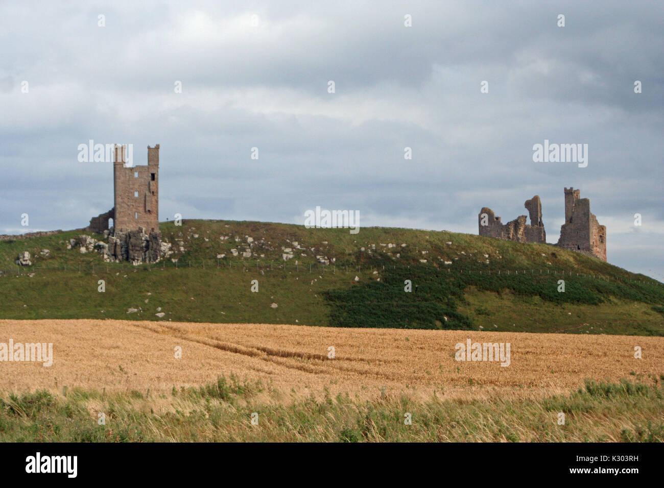 Il castello di Dunstanburgh Immagini Stock