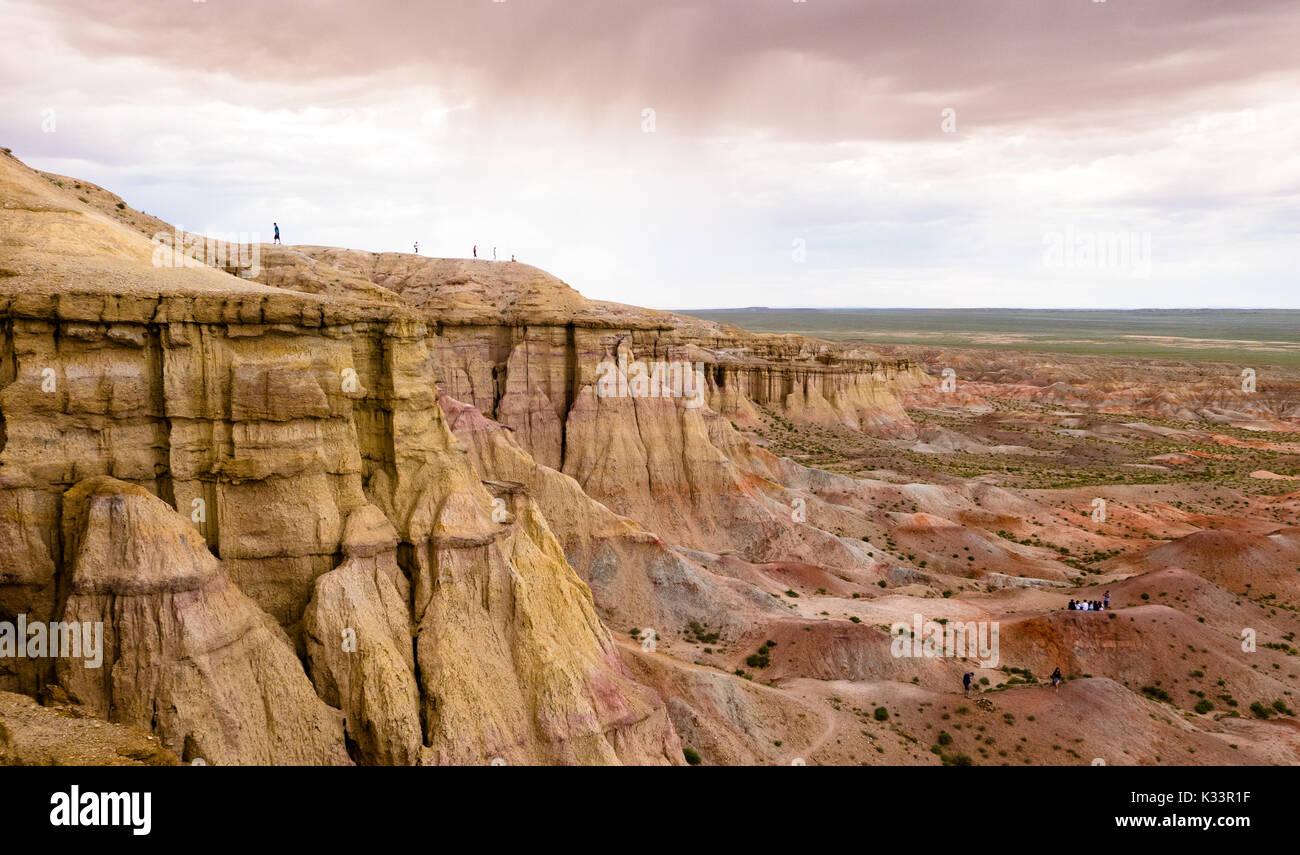 Paesaggio con canyon in Mongolia deserto del Gobi Immagini Stock