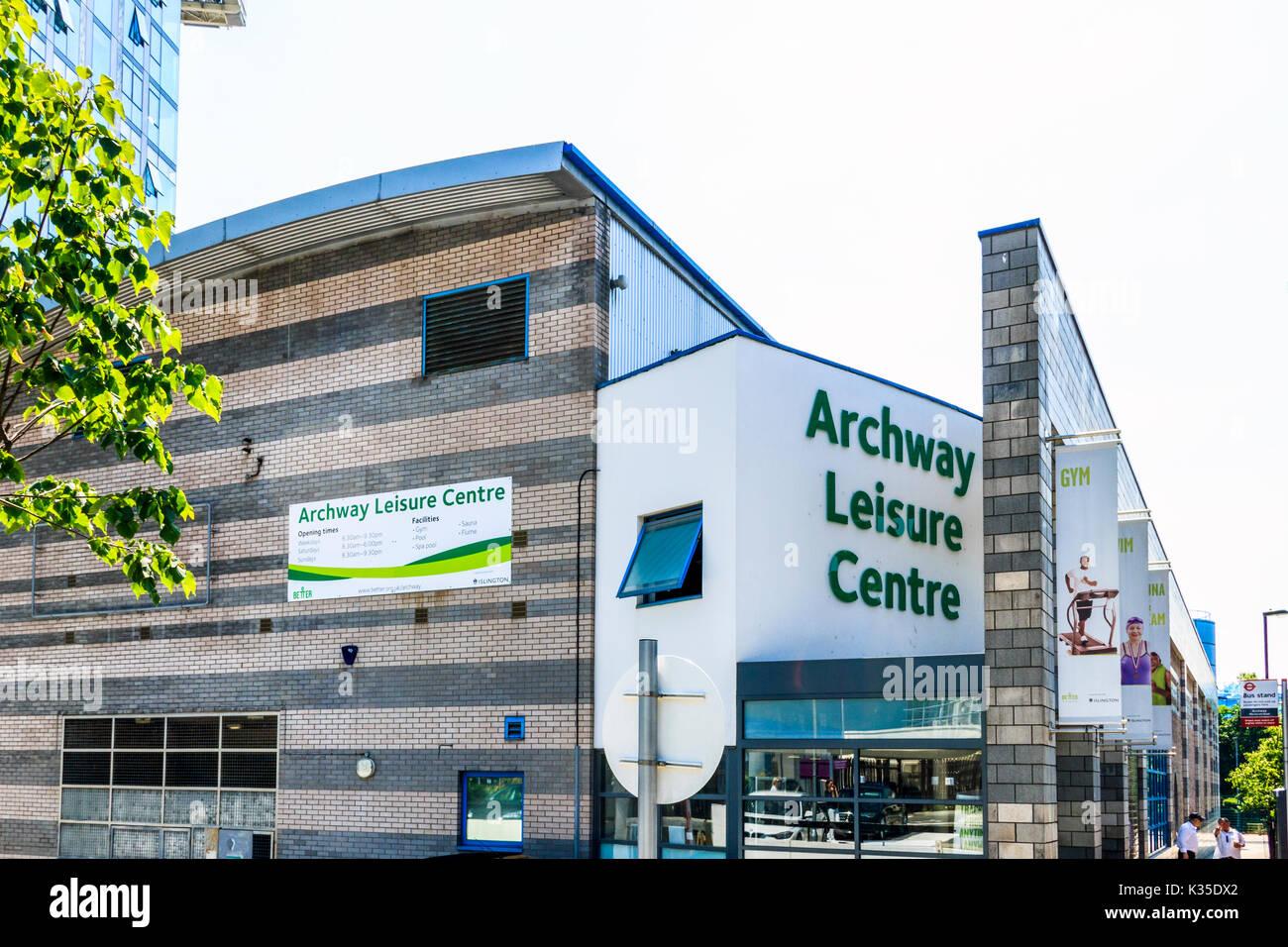 Archway Leisure Centre, nel nord di Londra Immagini Stock