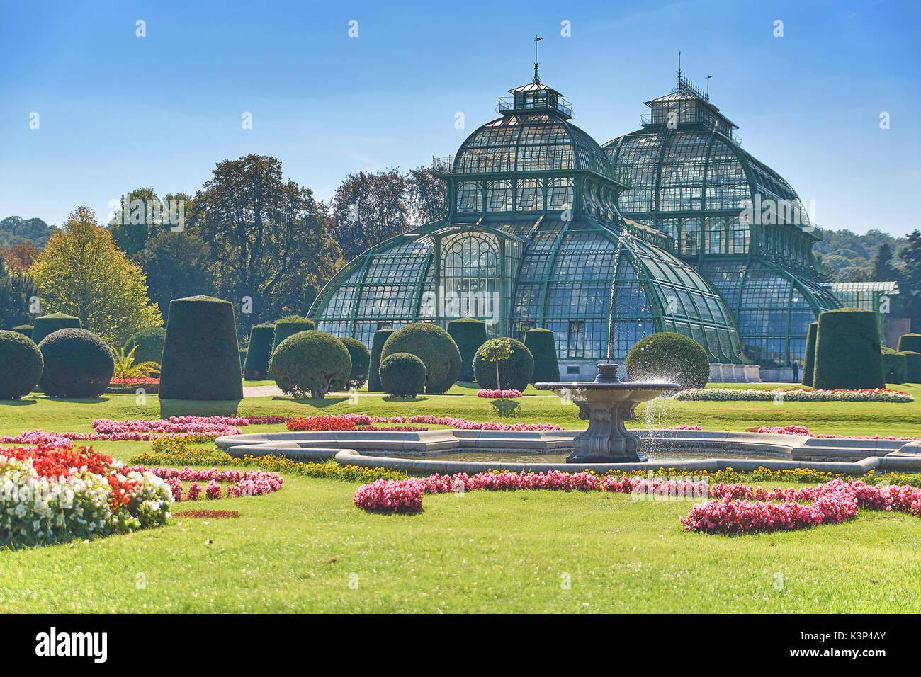 Vienna, Austria - 24 Settembre 2014: giardino botanico vicino al Palazzo di Schonbrunn a Vienna Immagini Stock