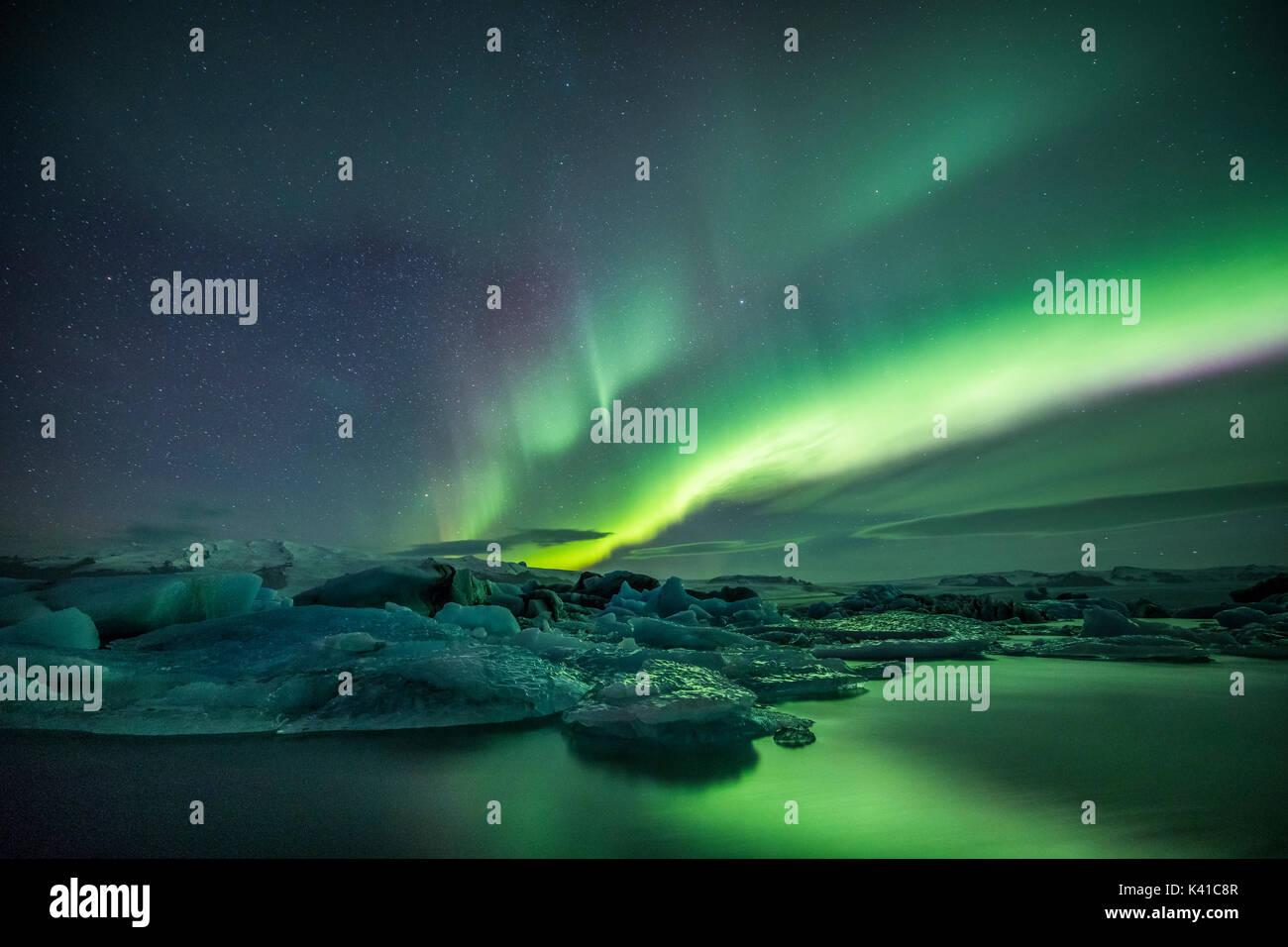 Jökulsárlón e Aurora in Islanda Immagini Stock