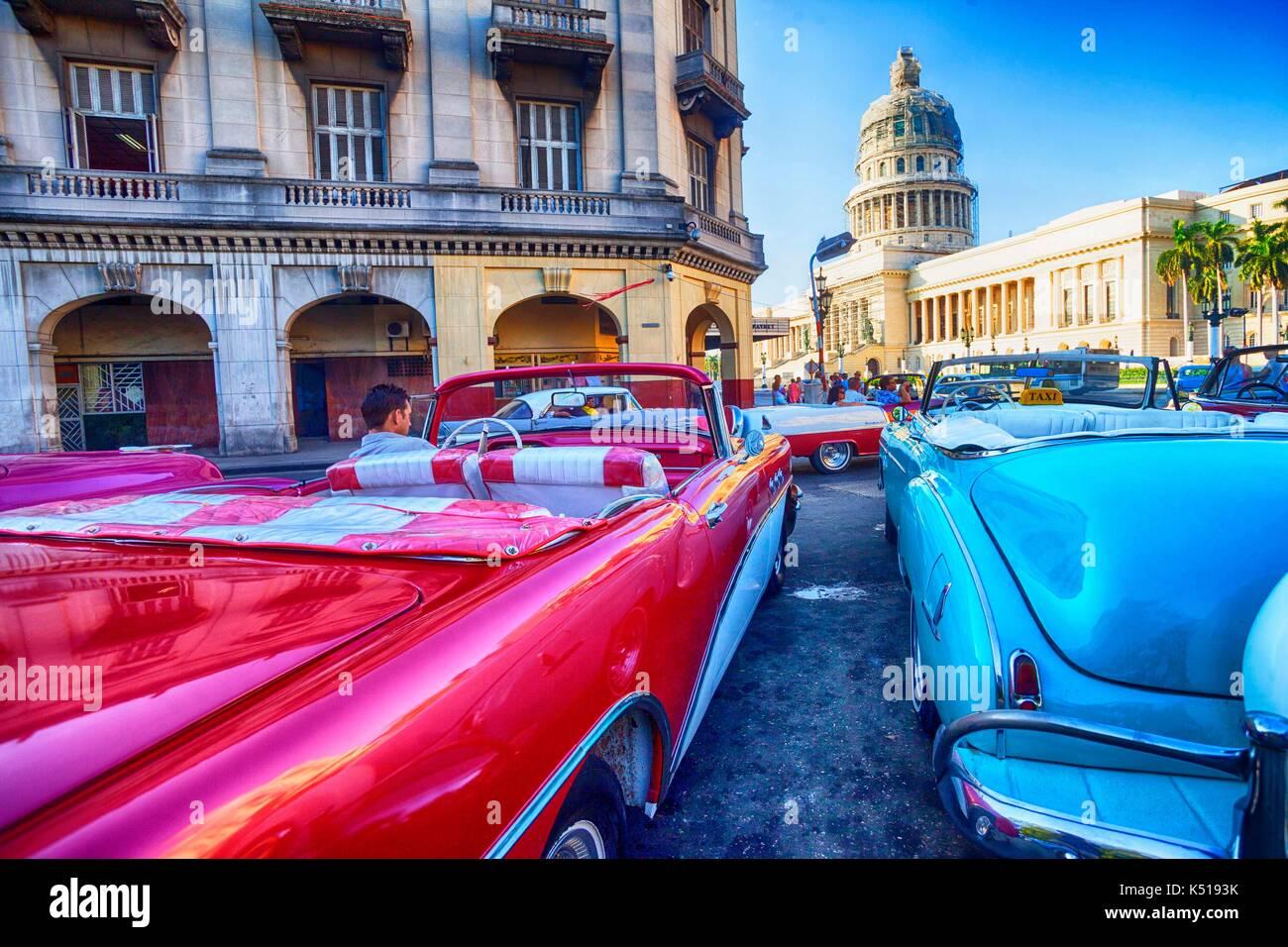 Vecchia auto, Havana, Cuba Immagini Stock