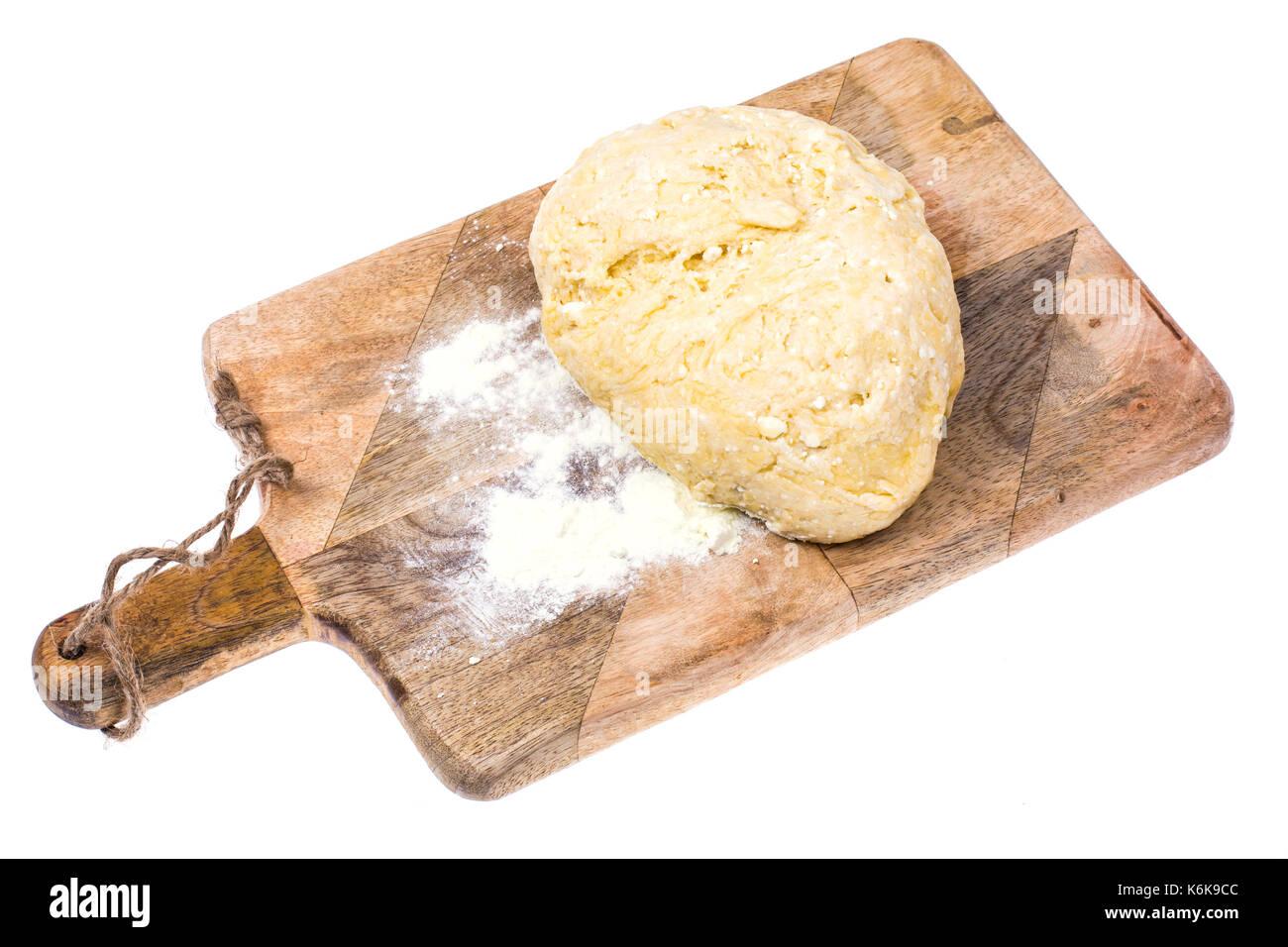 Palla Di Impasto Per Pizza Sulla Cucina In Legno Tagliere Con
