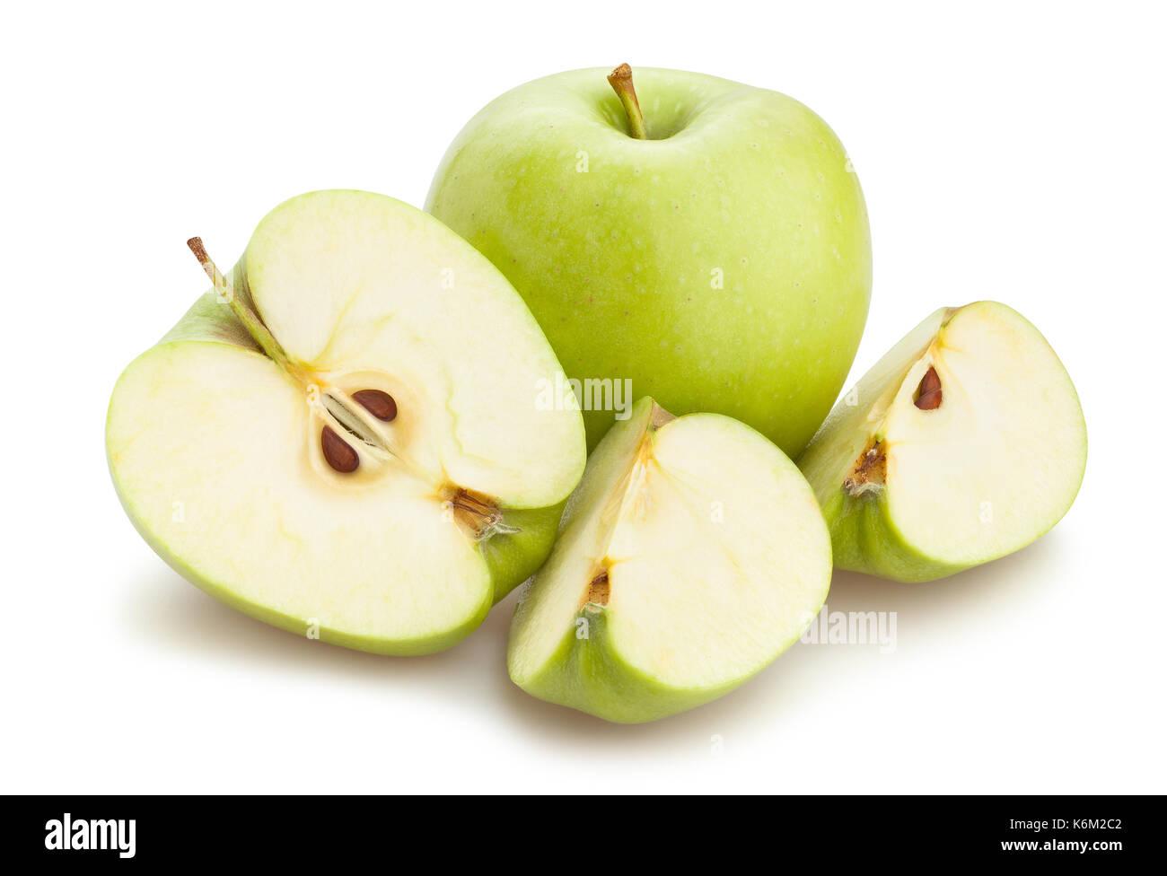 Fette di mela verde isolato di percorso Immagini Stock