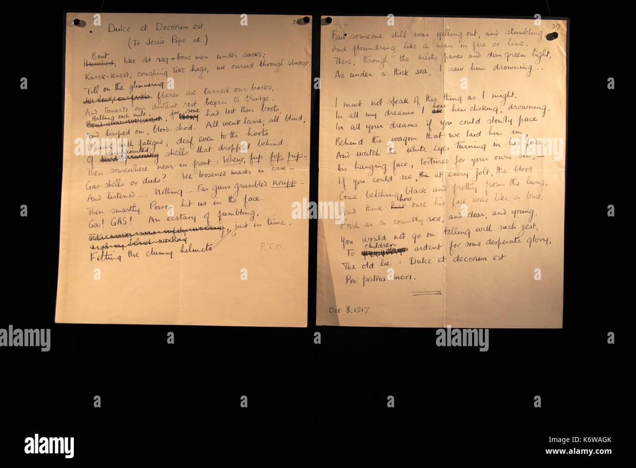 Dulce et decoro est poesia di wilfred Owen, librerie di Bodleian, weston biblioteca libri storici, Università di Oxford, England, Regno Unito Immagini Stock