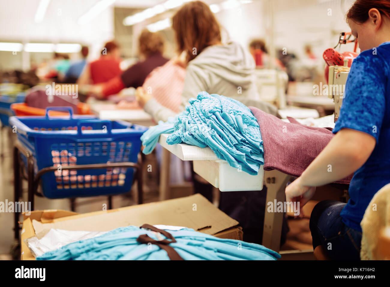 Tessuto e industria tessile Immagini Stock