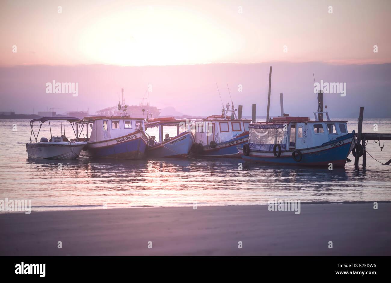 Barche da pesca Ilha do mel, PARANA, Brasile. Immagini Stock