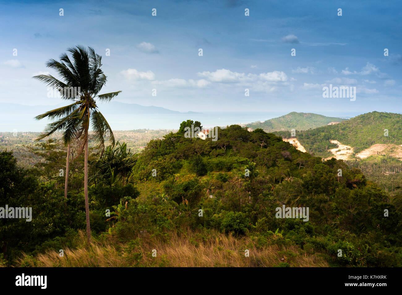 Casa con una vista sull'isola di Koh Samui, Thailandia Immagini Stock