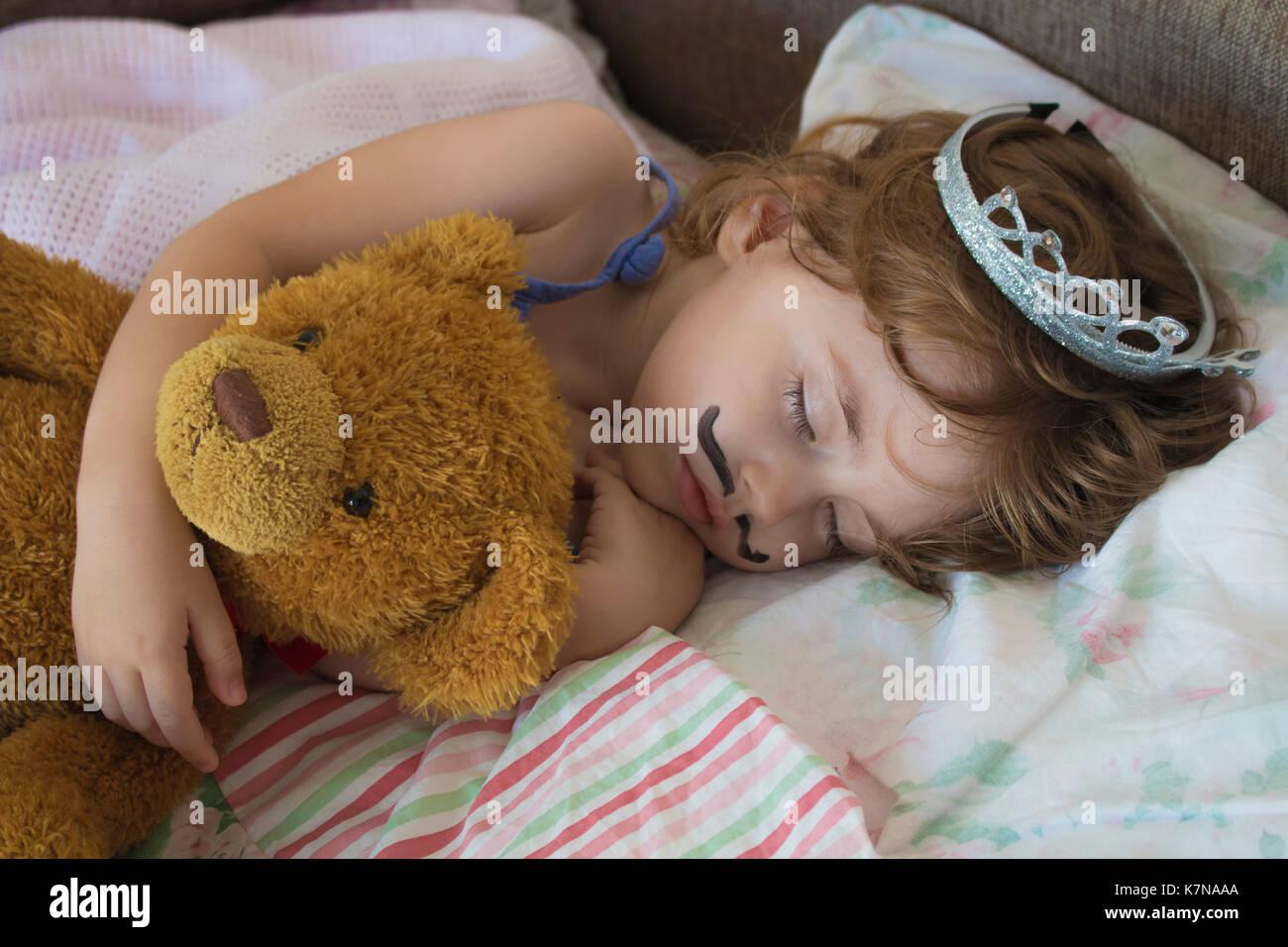 Piccolo appartamento principessa con letto u foto stock
