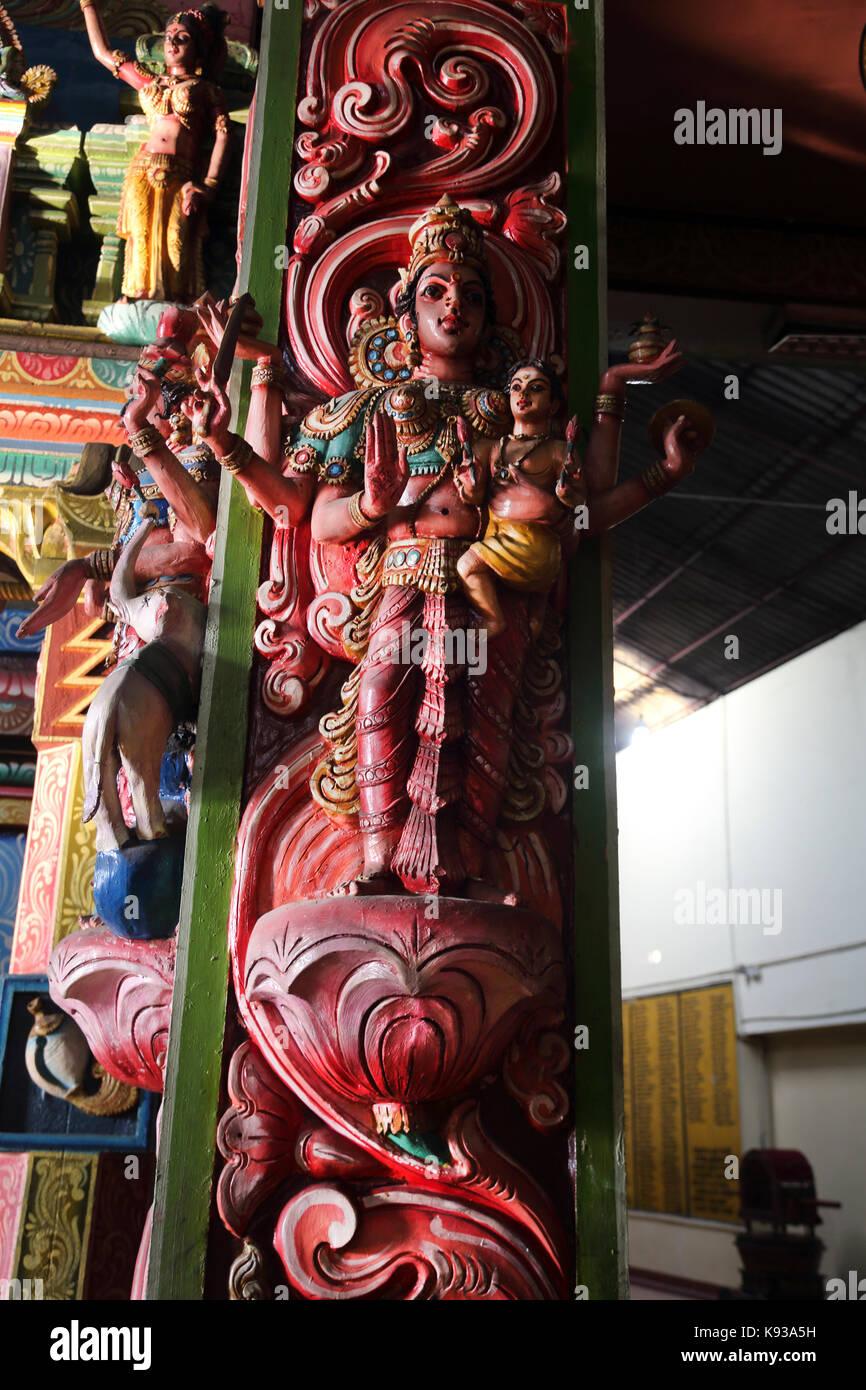 Pettah Colombo Sri Lanka nuovo Kathiresan Kovil tempio dedicato al dio della guerra Murugan statua della dea Indù Immagini Stock