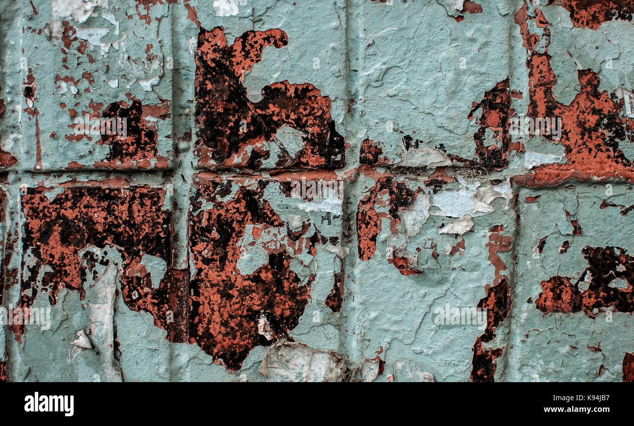 Parete blu piastrelle sfondo texture con graffi unevens e peeling