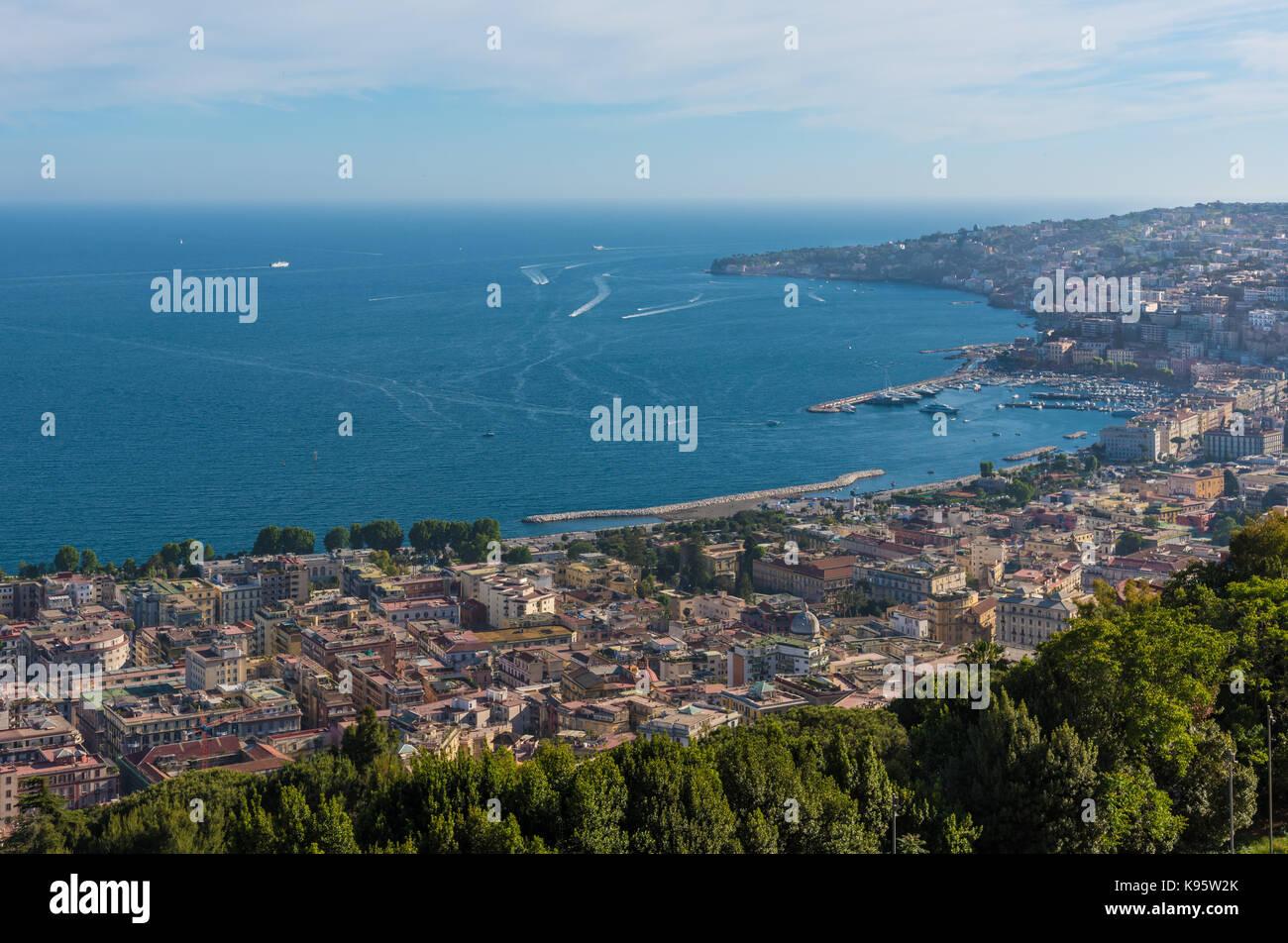 Napoli Campania Italia Il Centro Storico Della Citta Piu Grande