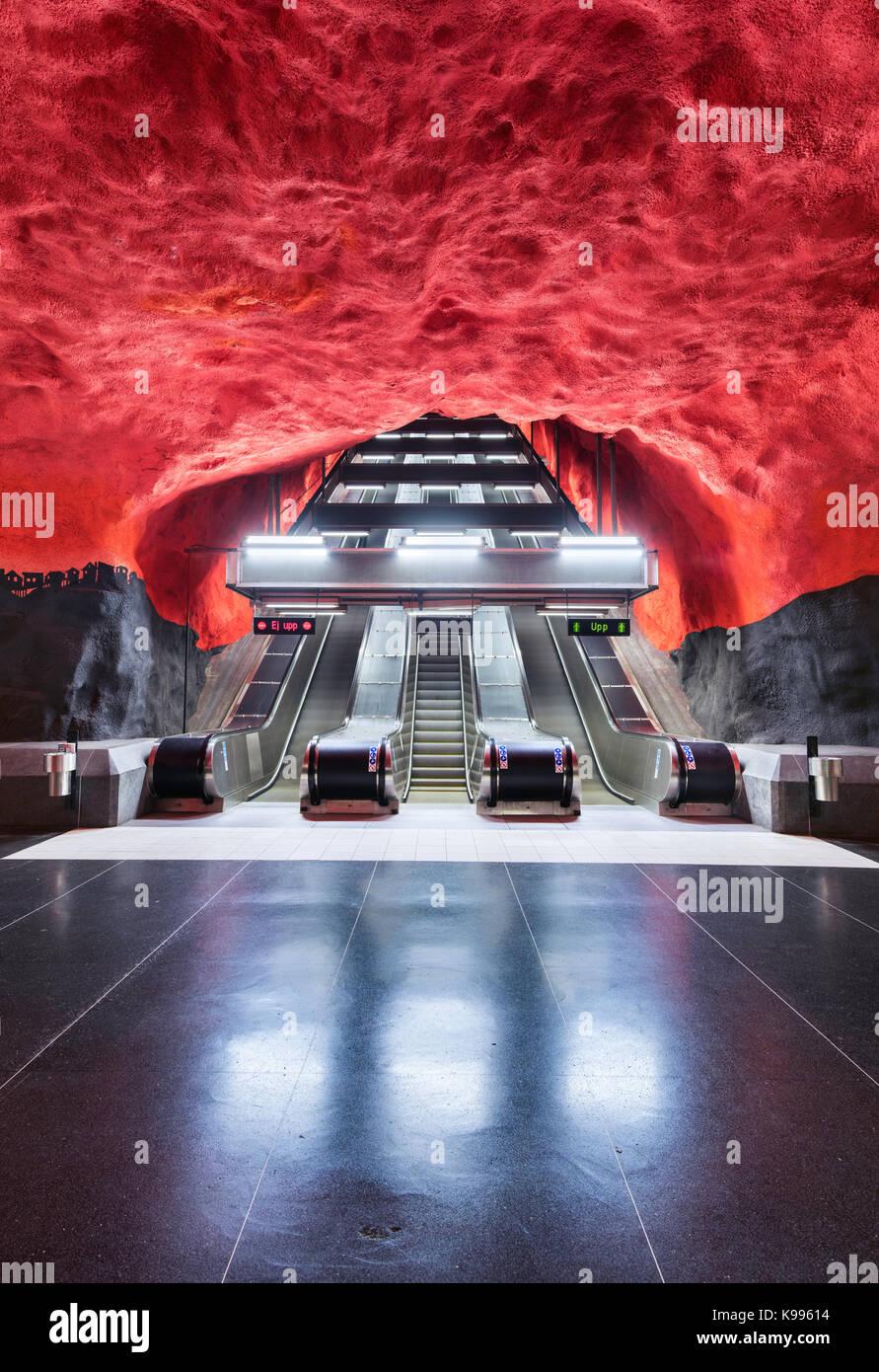 Solna Centrum stazione della metropolitana di Stoccolma, o T-Bana, in Svezia. La metropolitana di Stoccolma è Immagini Stock