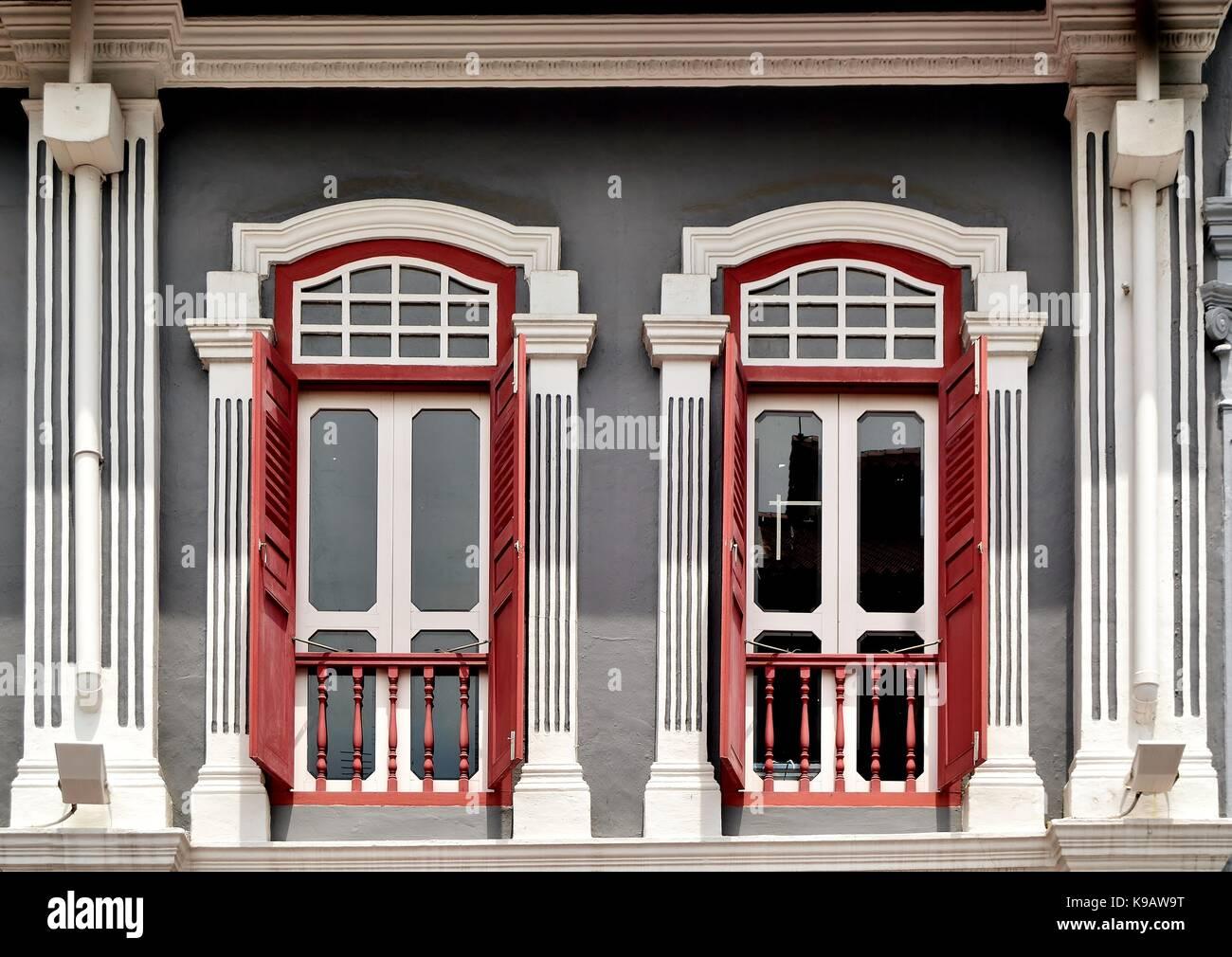 Singapore Tradizionale Negozio Casa Esterno Con Finestre Ad Arco