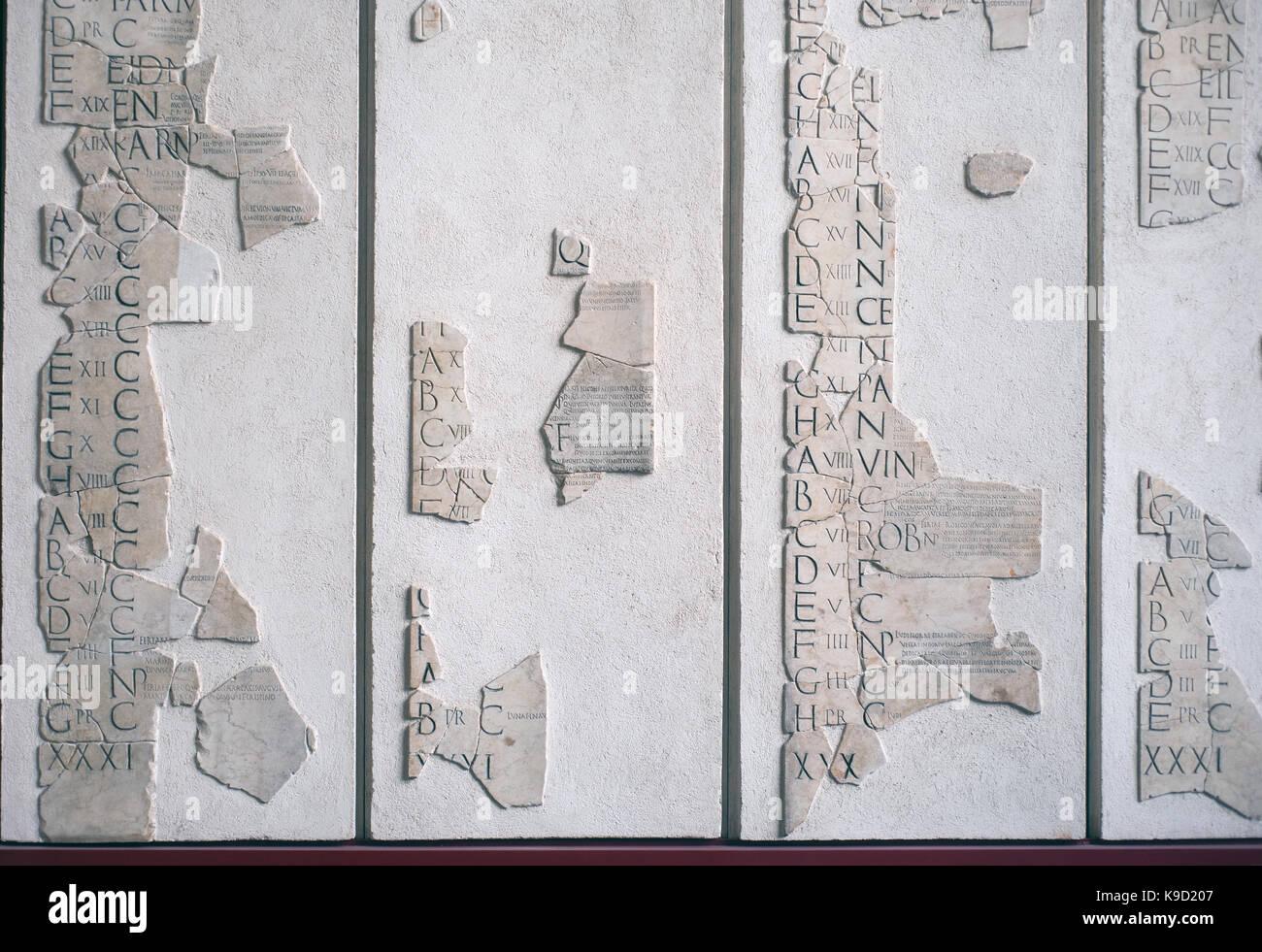 Il Calendario Romano.Frammenti Di Calendario Romano Chiamato Fasti Prenestini In