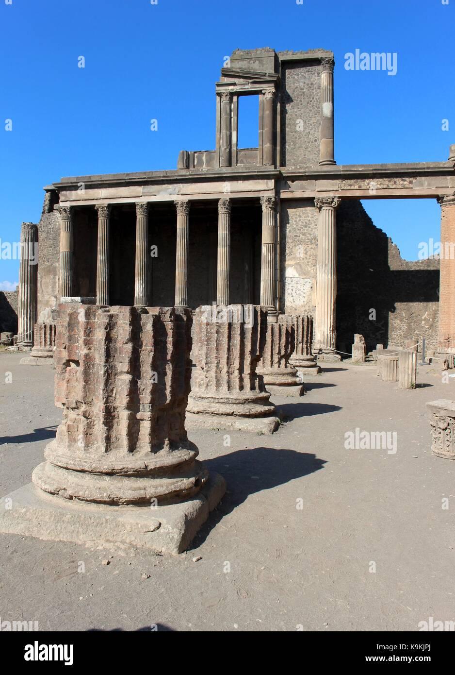 I resti archeologici di Pompei dimostra la natura della capacità di distruggere e di preservare. Immagini Stock