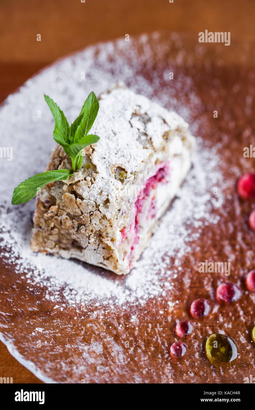 Torta fresca con zucchero a velo Immagini Stock