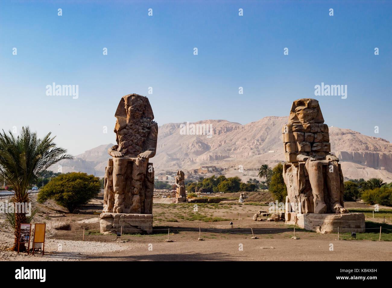 Le rovine di statue di Luxor, Egitto Immagini Stock