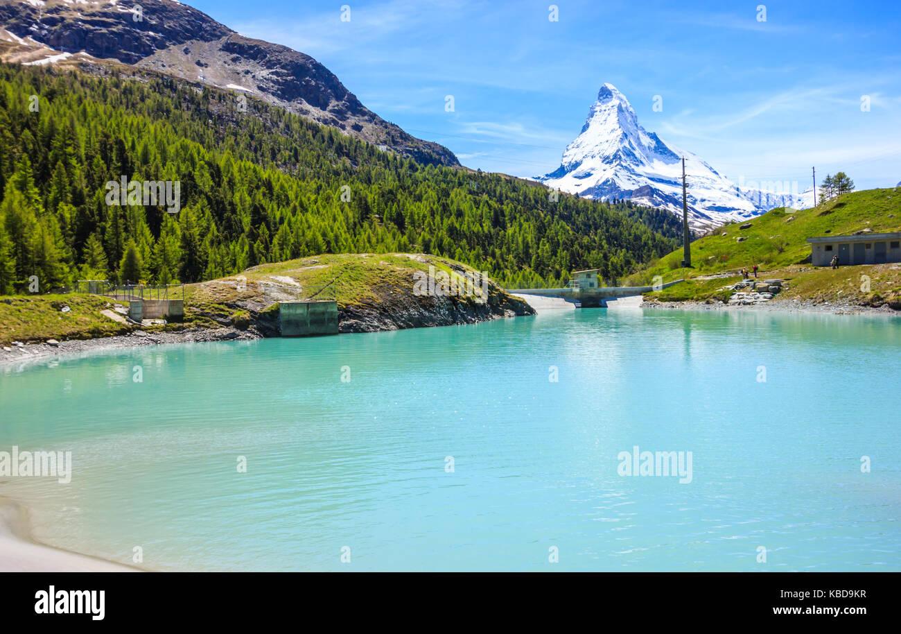 Moosjisee lago, uno dei cinque laghi destinazione intorno a picco sul Cervino in Zermatt, Svizzera, Europa. Immagini Stock