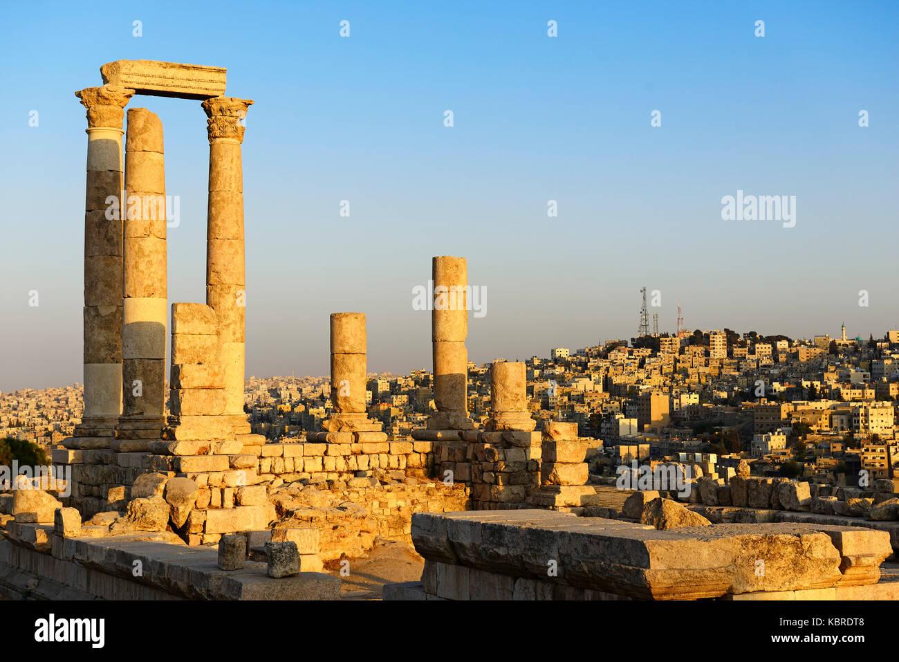 Antico romano di Philadelphia, il tempio di Ercole a Cittadella, Amman, Giordania Immagini Stock