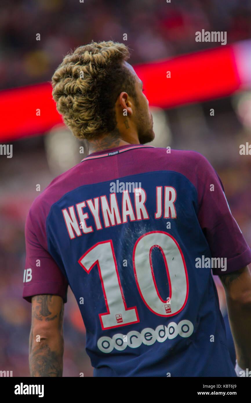 Neymar jr durante il french ligue 1 partita di calcio tra for Il tuo account e stato attaccato